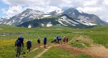 Подъем на гору Оштен, спуск на перевал Фишт-Оштеновский, посещение Висячей долины